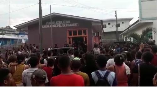 Revoltada, população de Itamarati acompanha primeira condenação por feminicídio na cidade