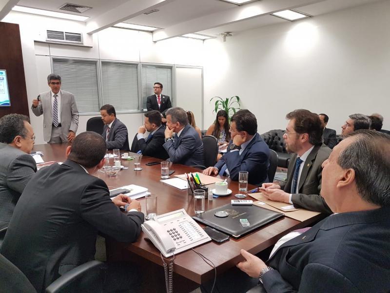 Comitê do Governo discute reforma tributária com bancada amazonense