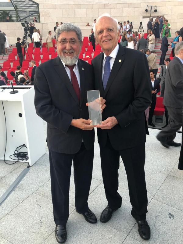 Ufam conquista principal prêmio mundial em Oftalmologia, em Portugal