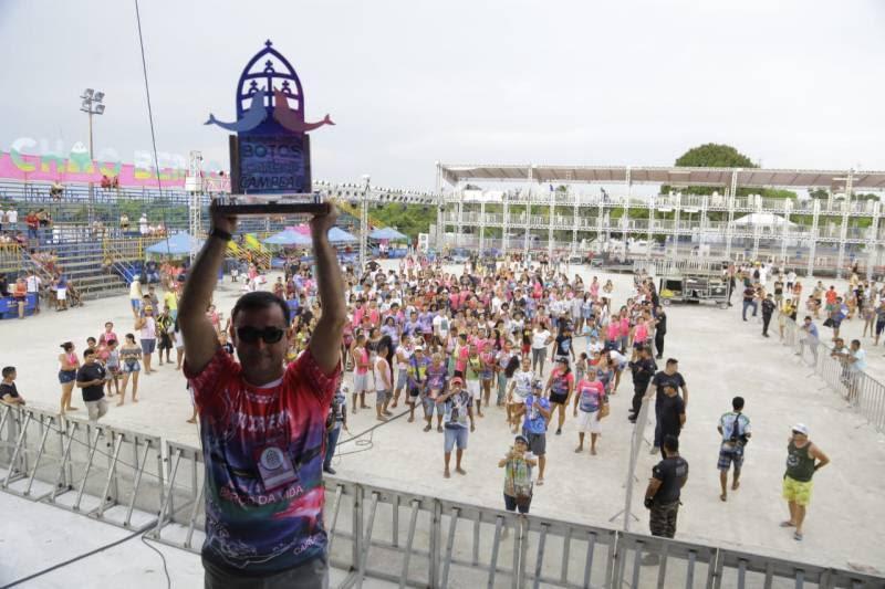 Boto Cor de Rosa é Bicampeão do Çairé 2019