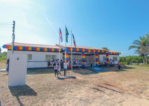 Prefeitura de Parintins entrega novas escolas nas comunidades Toledo Pizza e Monte Horebe