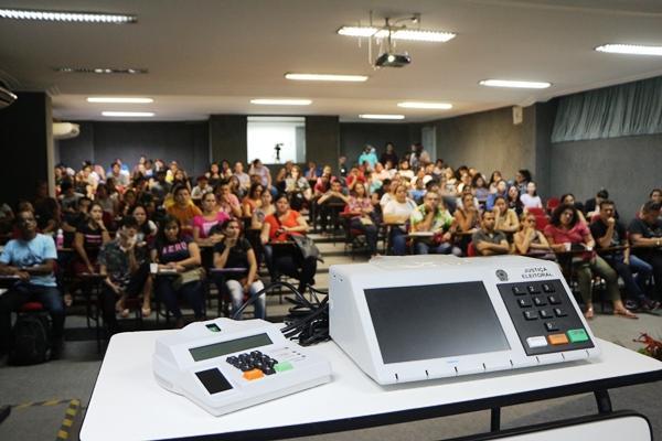 Eleição do Conselho Tutelar está mantida para este domingo (6), em Manaus