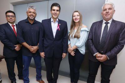 Helder recebe seis prefeitos do Oeste do Pará e garante obras