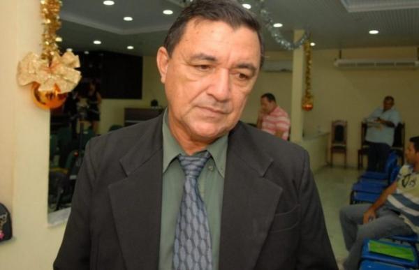 Prefeito de Itacoatiara é condenado pelo TCE a devolver R$ 25,5 milhões