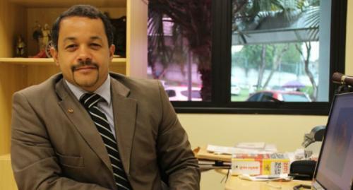 Delegado Pablo é questionado por eleitor: 'votou no homem que vai implodir o presidente!?'