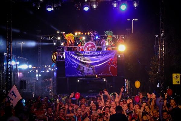 Estreantes e ícones da toada abrem o 'Boi Manaus', na Ponta Negra