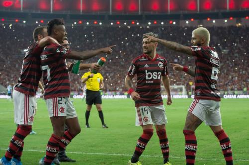 Flamengo poderá ser campeão do Brasileirão e da América no final de novembro