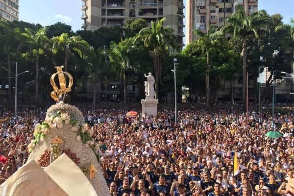 Recírio reúne 50 mil devotos e encerra festividade nazarena