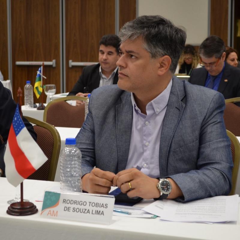 Em Brasília, Rodrigo Tobias acerta vinda de ministro da Saúde a Manaus