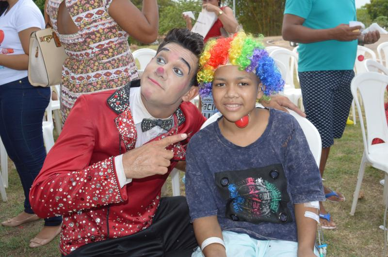Circo leva alegria para crianças em tratamento no Hospital Regional de Santarém