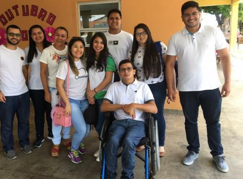 Primeiro estudante cadeirante de medicina da UEA enaltece saúde de Parintins