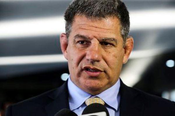 Bebianno entrega Bolsonaro à PF no esquema do laranjal do PSL