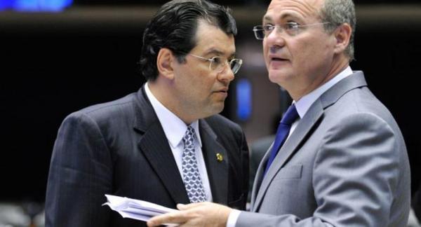 LAVA JATO | Eduardo Braga é alvo de operação da Polícia Federal