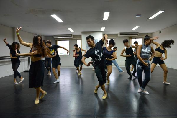 Balé Jovem do Liceu Claudio Santoro estréia no Festival Amazonas de Dança