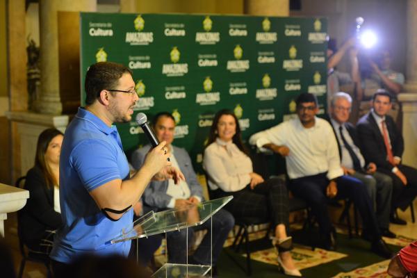 Carlos Almeida lança Sistema Estadual da Cultura e assina parceria com TV pública