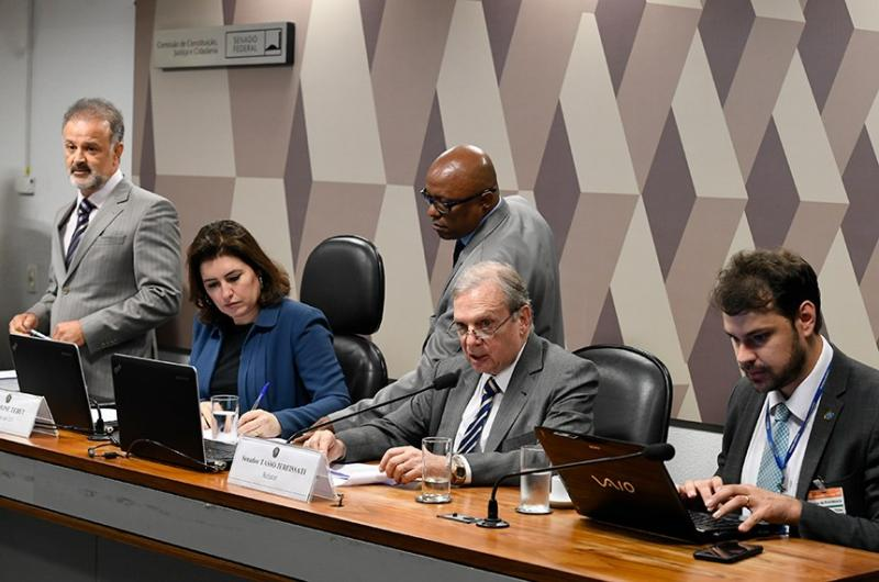 PEC Paralela da Previdência é aprovada na CCJ, em Brasília