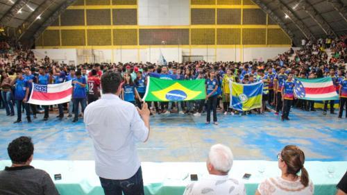 Bi Garcia anuncia construção de ginásio na escola Charles Garcia, em Parintins