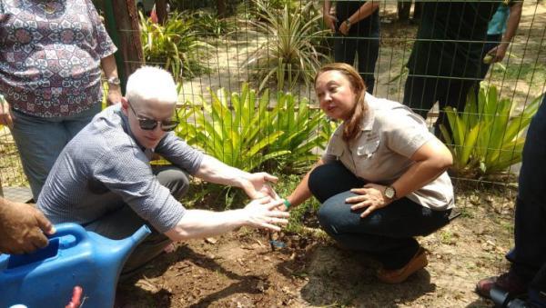 Com presença de cantor internacional, Dia D recolhe 3,6 toneladas de lixo, em Manaus