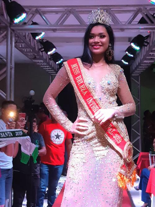 [Laila Campos, Miss Terra Santa é Miss Beleza do Baixo Amazonas 2019]