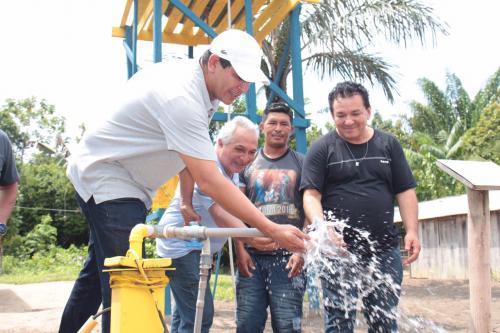 Mais três comunidades rurais de Parintins recebem Água no Jirau