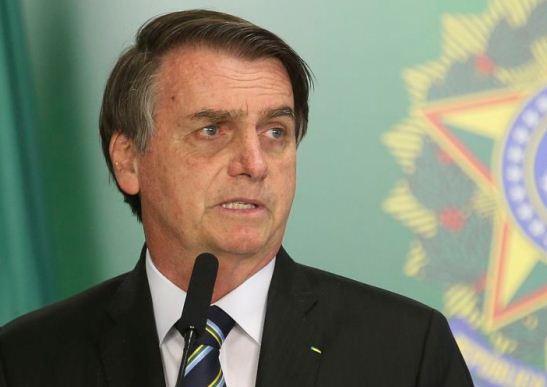 Bolsonaro deve oficializar saída do PSL nesta terça (12)