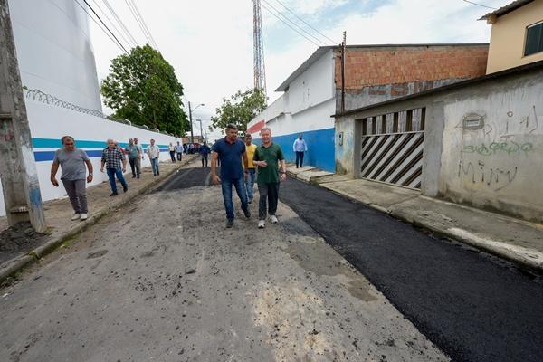 Prefeito de Manaus anuncia mutirão de obras na Colônia Santo Antônio