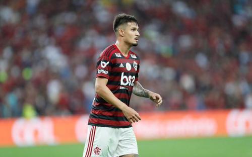 Com desfalques, Flamengo deve utilizar zaga reserva contra o Grêmio hoje (17)