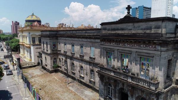 Prédio histórico da Santa Casa de Manaus vai a leilão nesta quinta (21)