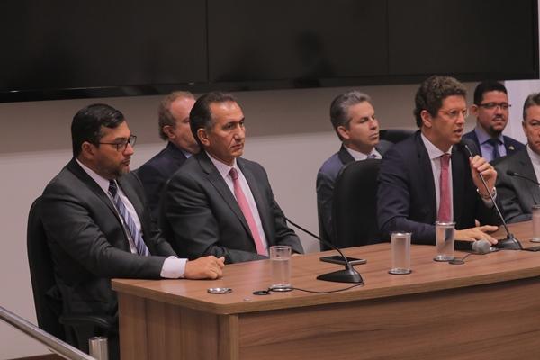 Em reunião com Salles, Wilson apresenta medidas contra desmatamento no AM