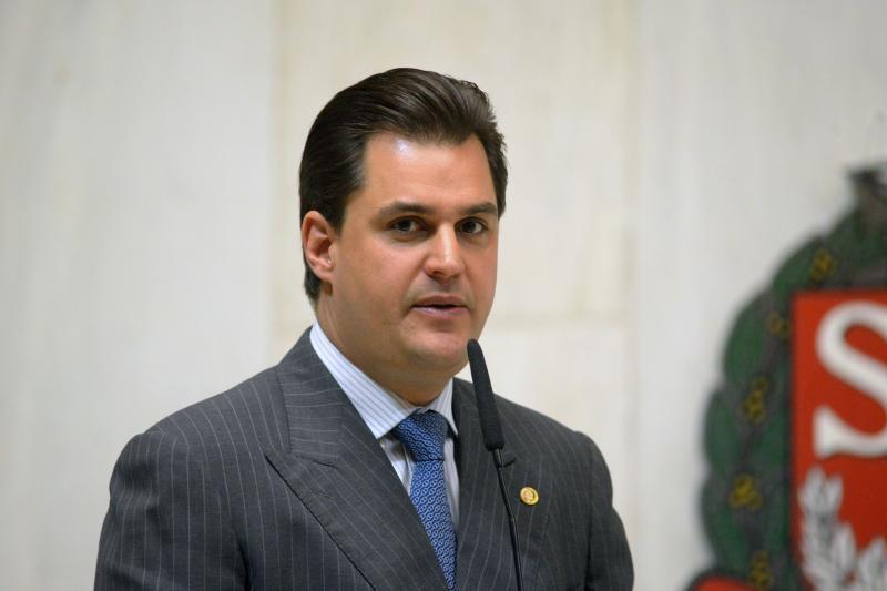 Deputado que propôs homenagem a Pinochet tentou extinguir Ouvidoria da PM