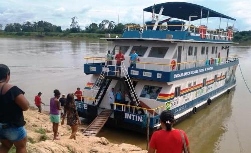 UBS Fluvial de Parintins ultrapassa 160 atendimentos em passagem pela região do Limão