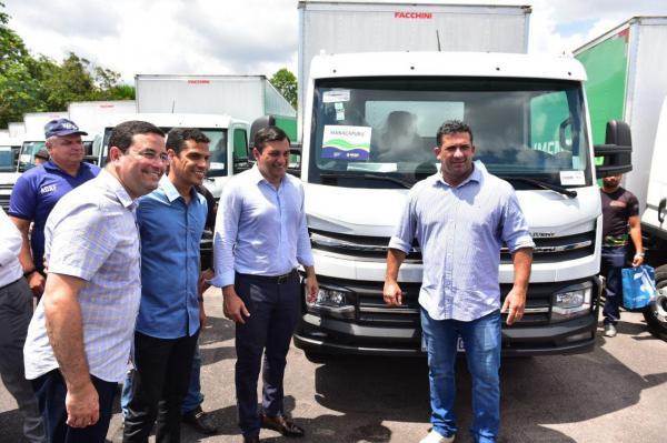Wilson entrega R$ 5 milhões em equipamentos e veículos o para setor primário  do AM