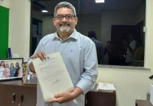 Presidente da Câmara de Presidente Figueiredo é o novo prefeito
