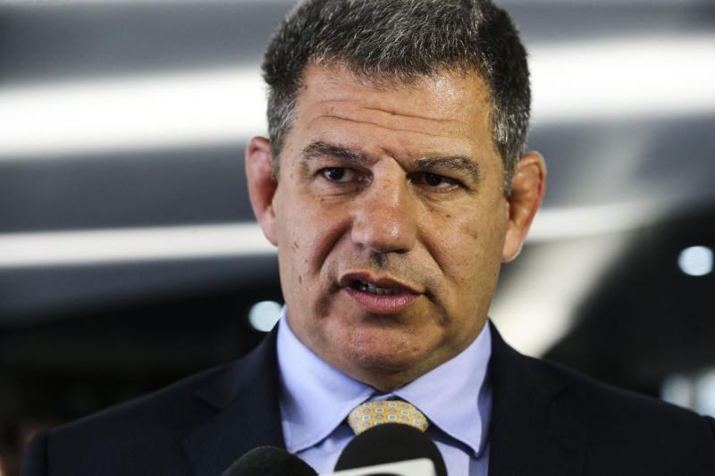 Bebianno diz que perseguição a Folha cabe impeachment de Bolsonaro