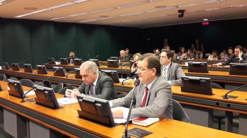 Zé Ricardo e Bosco Saraiva realizam audiência pública sobre extinção de registro de jornalistas
