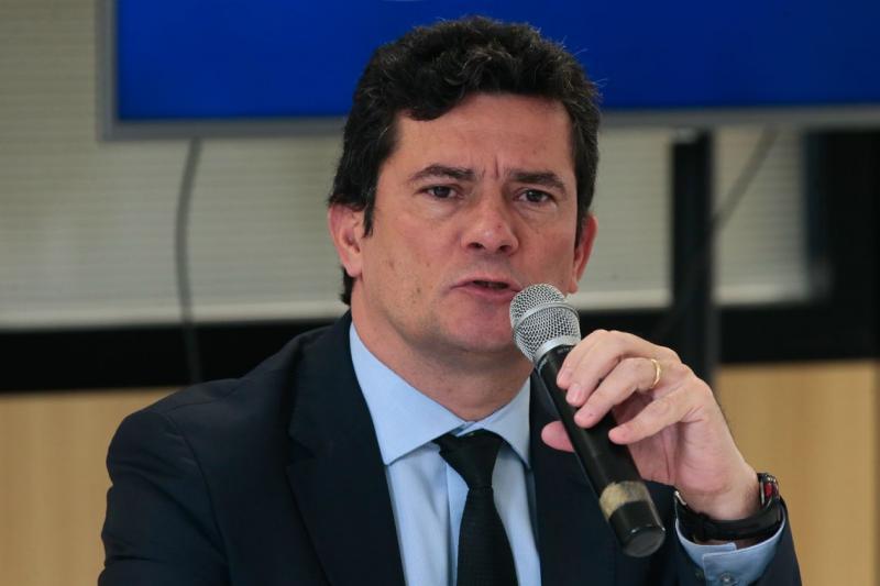 Governo Bolsonaro quer coletar DNA de presos por crimes violentos até 2022