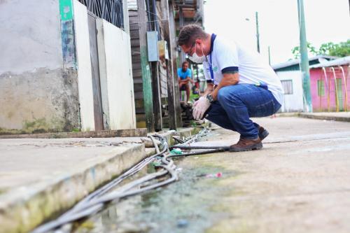 Cosama realiza força-tarefa no abastecimento de água em Codajás