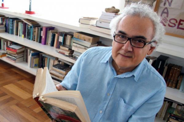 Milton Hatoum lança livro 'Pontos de Fuga' na UEA