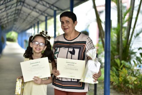 Escola de Parintins é premiada em disputa nacional de desenho e redação