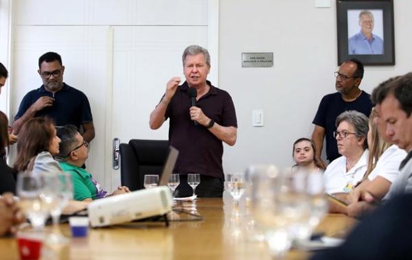 Arthur lança campanha 'Nota Premiada Manaus'