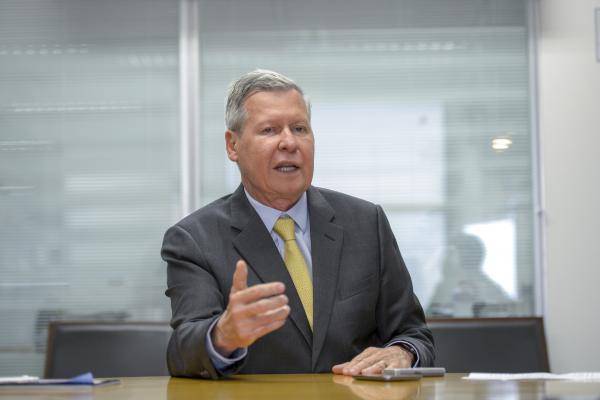 Contas de Arthur Neto de 2018 são aprovadas por unanimidade pelo TCE-AM