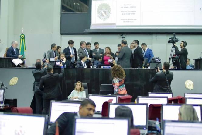 Deputados mantêm a criação da Divisão de Polícia Judiciária Militar para investigar crimes militares