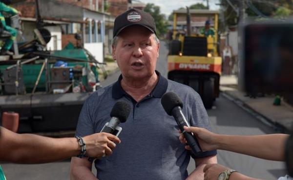 Prefeitura de Manaus desembolsa R$ 54,8 milhões para pagamento de 13º