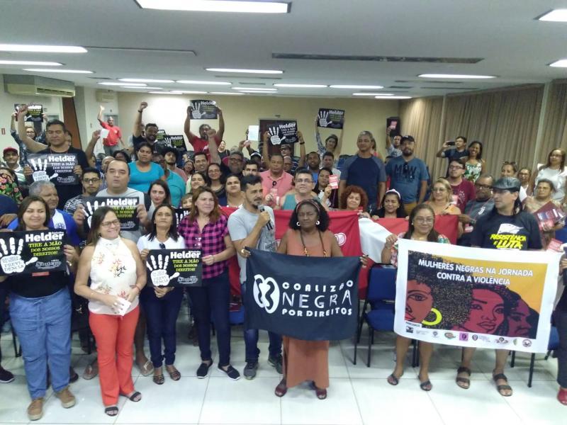 Contra Previdência de Helder, professores iniciam greve geral no Pará nesta terça (17)