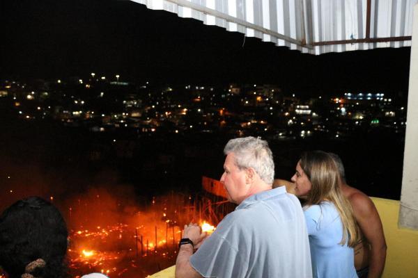 Um ano após incêndio em Educandos, Prefeitura mantém ações voltadas às vítimas