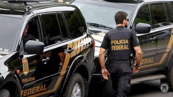Operação da PF prende líder de facção criminosa do AM na Bahia