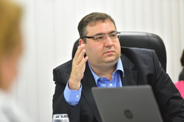 Governo do AM terá recurso extra de R$ 244 milhões após acordo com a Petrobras