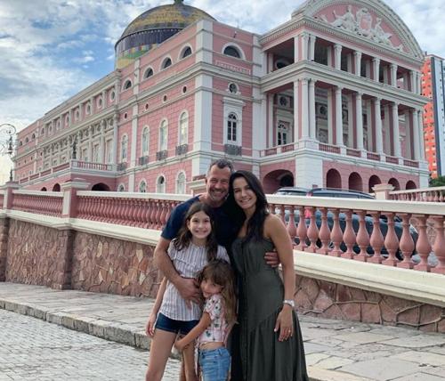 Malvino Salvador passa o Natal em Manaus, com a família