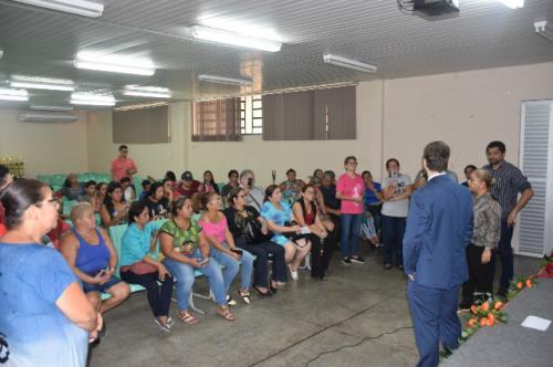 MP acata pedido de pais para impedir que escola de Manaus vire colégio militar