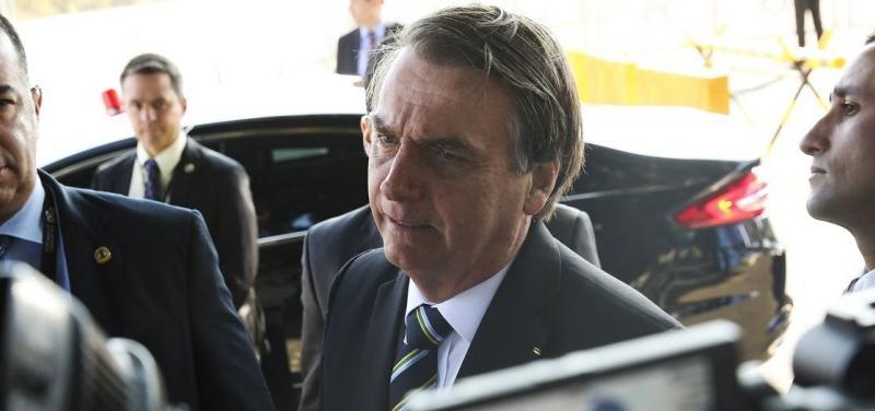 Em novo ataque à Imprensa, Bolsonaro diz que jornalistas são 'raça em extinção'